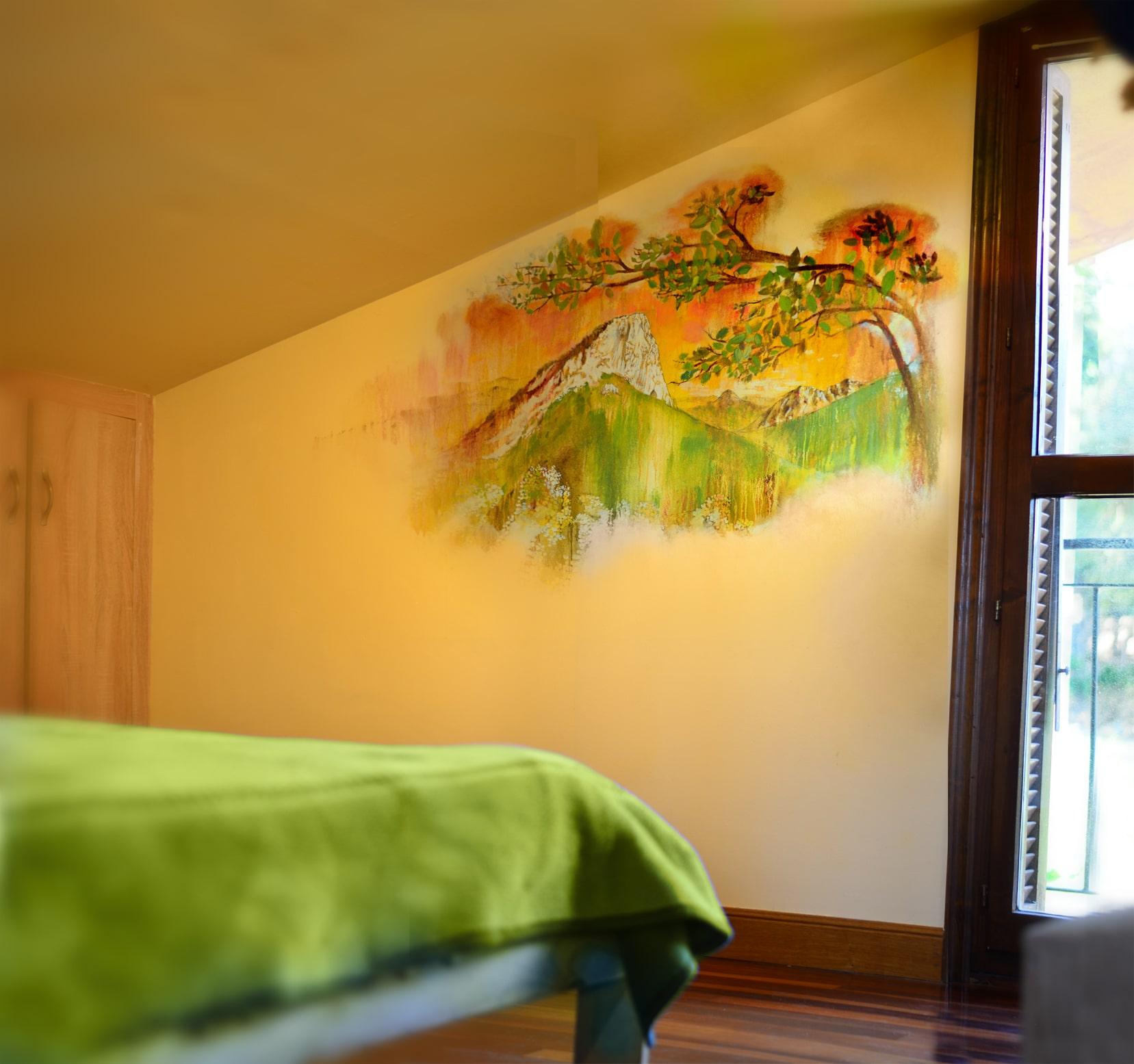 2joanes-room-small-min